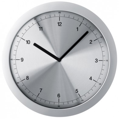 Елегантен стенен часовник