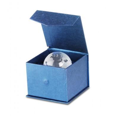 Стъклено топче с формата на глобус